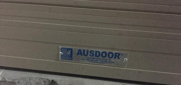 cửa nhái nhãn mác Austdoor