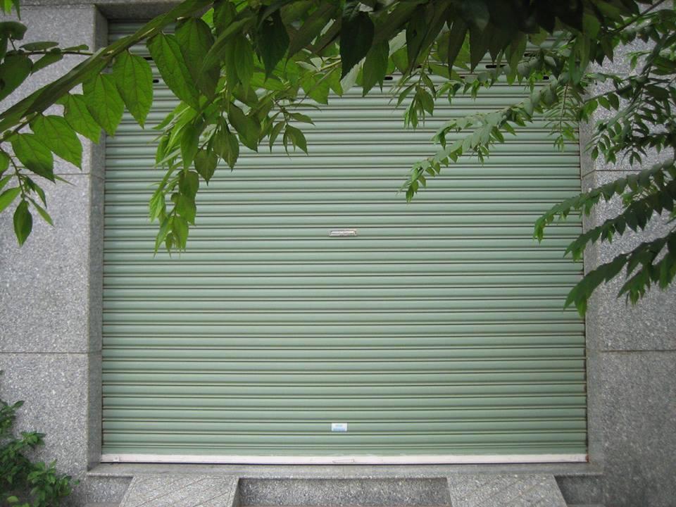 Bộ cửa cuốn Đài Loan hoàn chỉnh