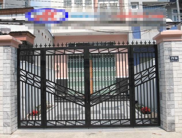 Cửa cổng sắt đẹp mãu 4