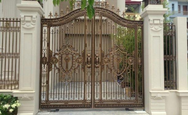Mẫu cửa cổng đúc đẹp