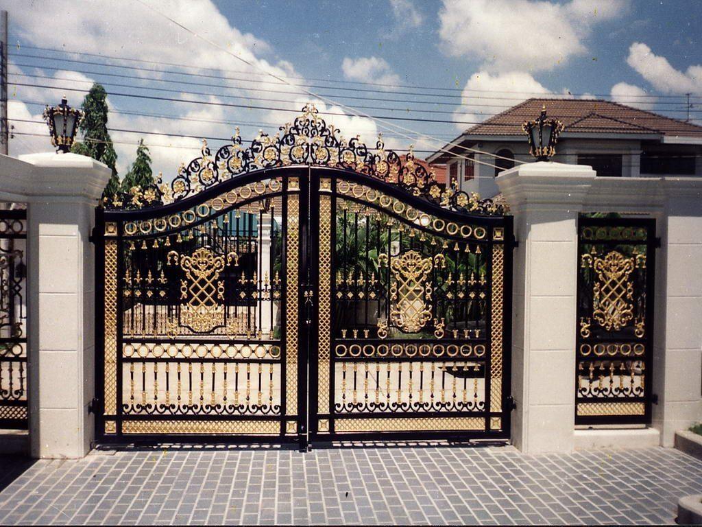 Mẫu cửa cổng đúc đẹp 4
